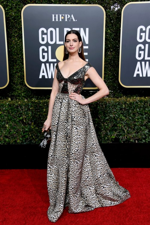 animal print, anne hathaway, globo de ouro,